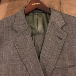 Burberry Grey w/ Blue Windowpane Suit 44L Long